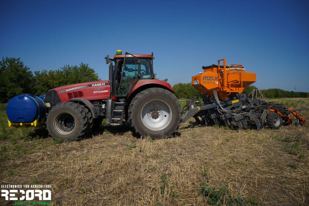 Система внесения ЖКУ «Record» на зерновом комплексе MZURI PRO-TIL 4T